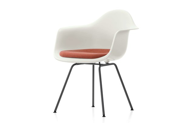 Vitra DAX Plastic Armchair productfoto