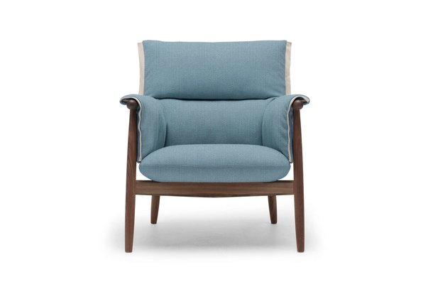 Carl Hansen Embrace Lounge Chair E015