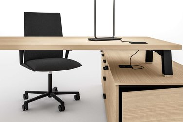 Bralco Polare Desk